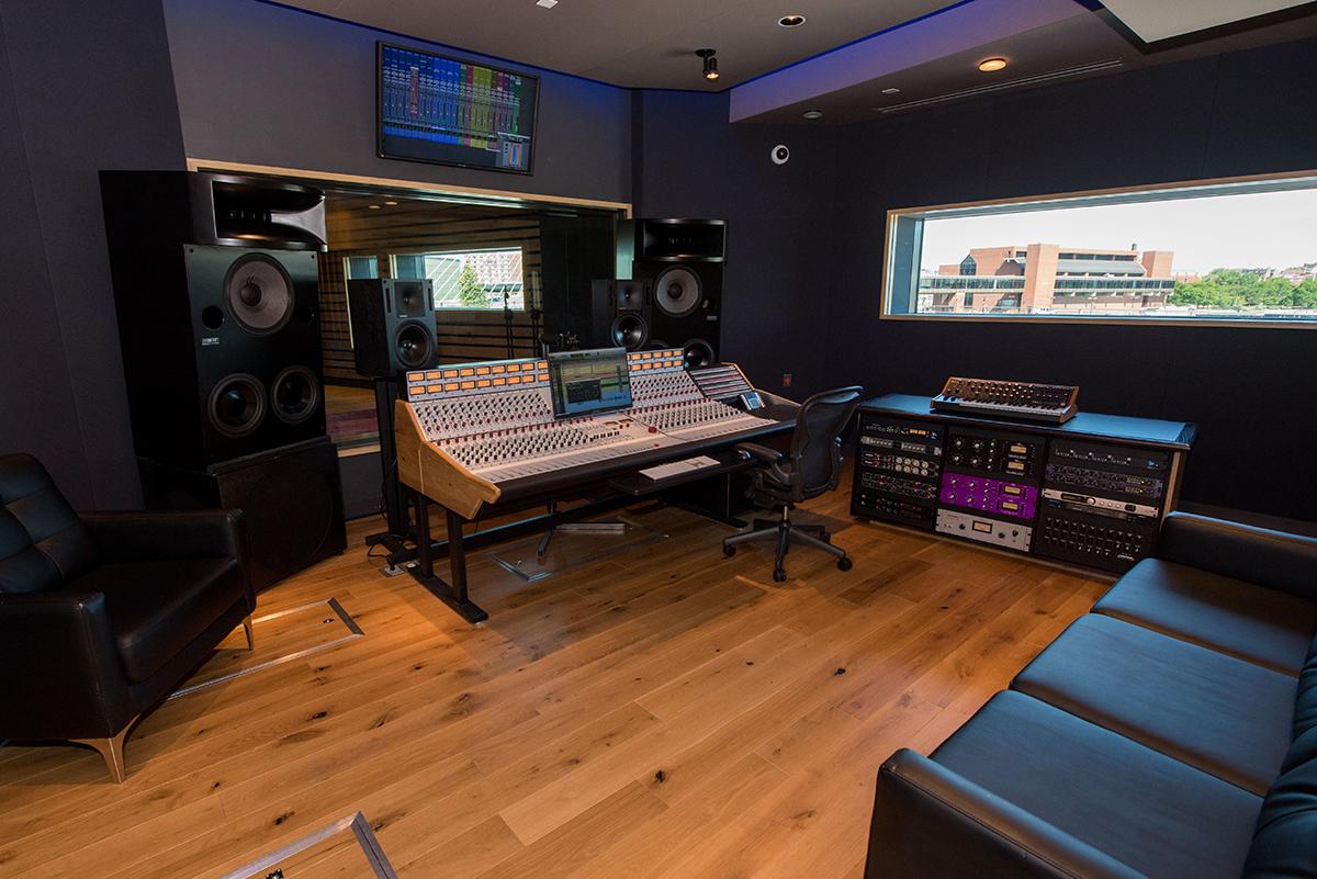 converse rubber tracks boston studio