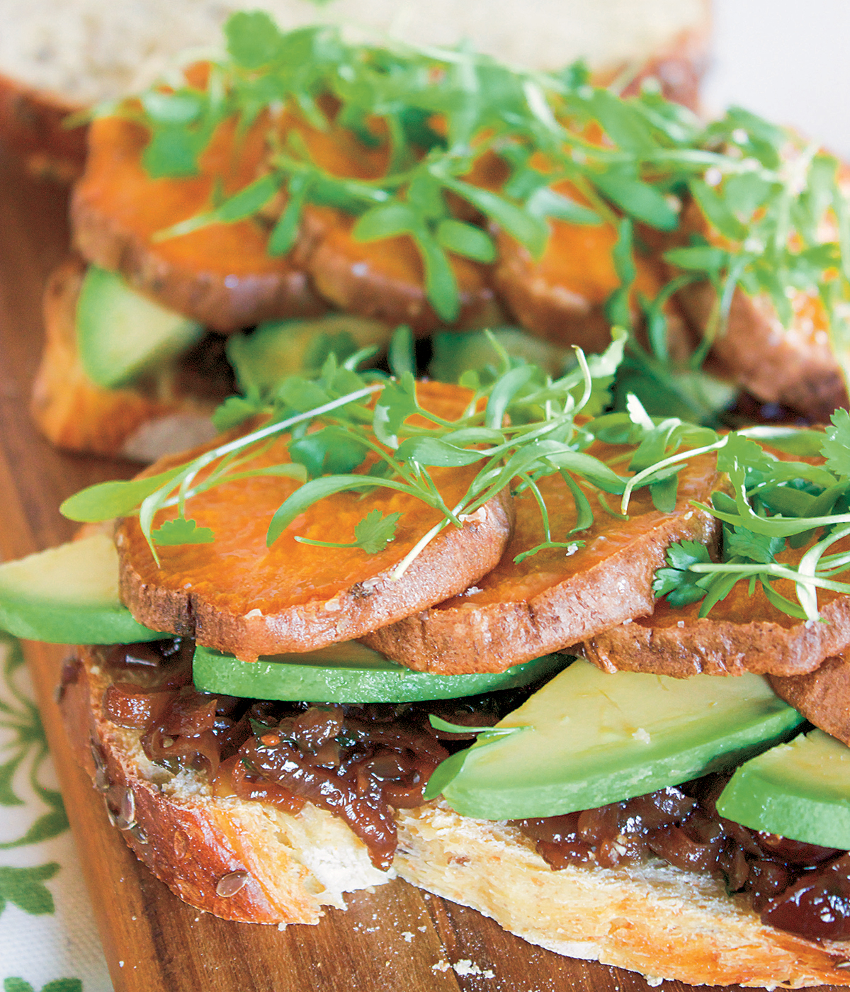 "Sweet Potato ""Steak"" and Avocado Sandwich with Red Onion Cranberry Tarragon Jam"