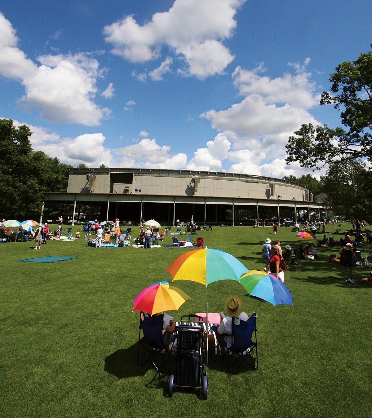 tanglewood lawn picnics