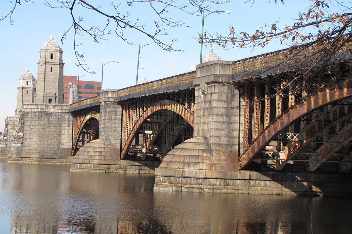 Longfellow Bridge by Ed Uthman via Flickr