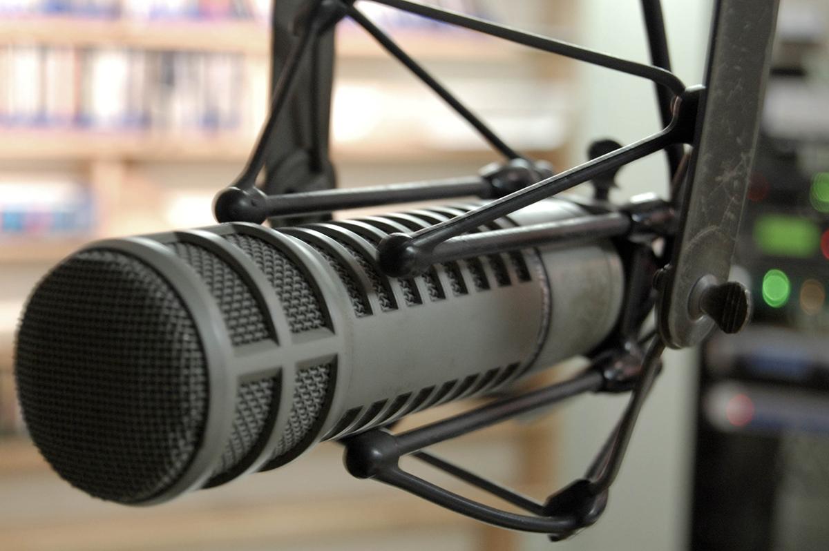 Radio Mic by Rene Johnson via Flickr