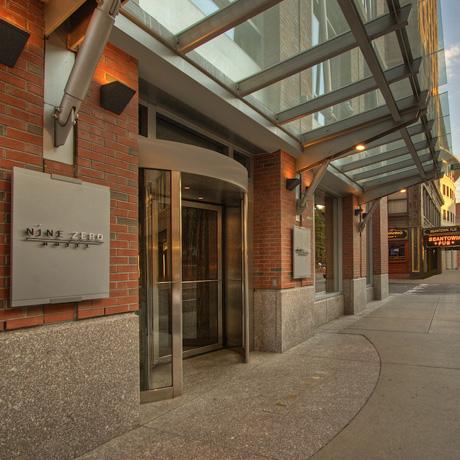 460 Nine Zero Exterior Hotel Image