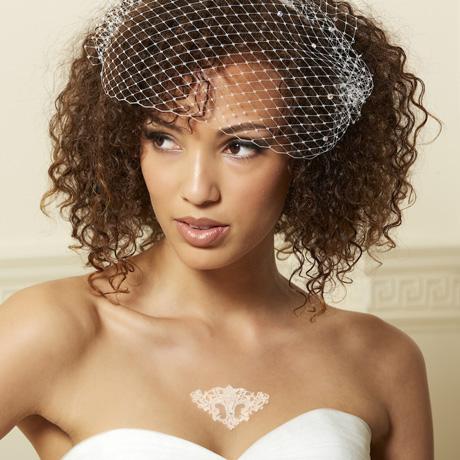 460 black lace jewel