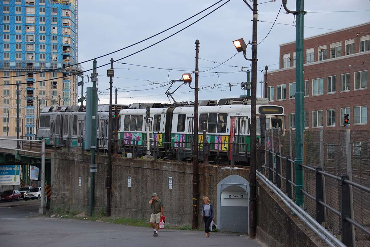 Green Line Trolley Approaching Lechmere Station by Eric Kilby via Flickr Creative Commons