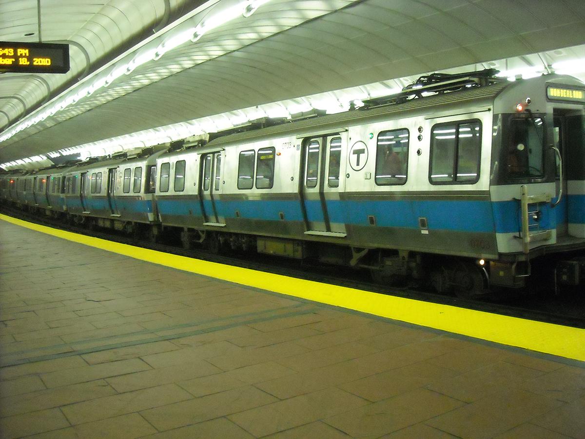 A Blue Line Train At Aquarium Station By ericodeg via Flickr Creative Commons