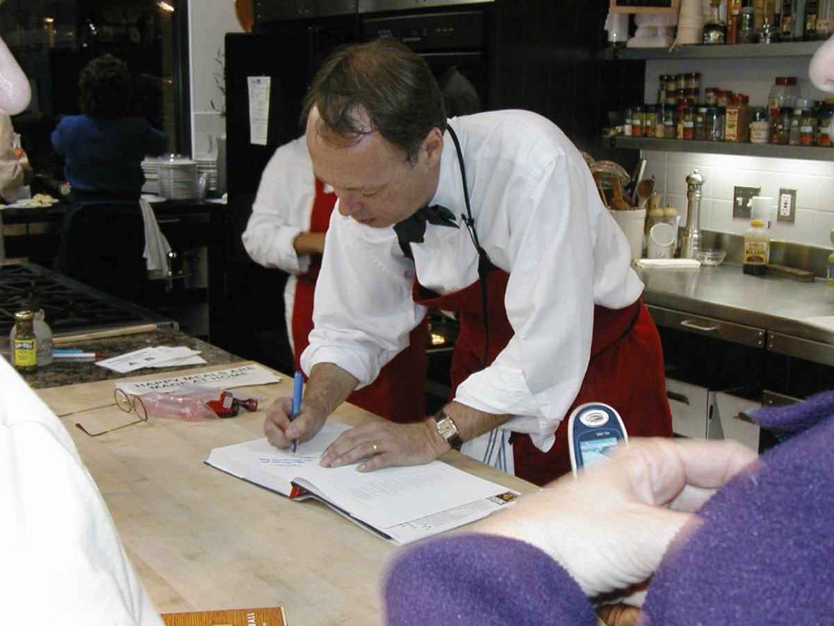 Christopher Kimball on set at America's Test Kitchen BY Scott Mindeaux ON  FLICKR/CREATIVE COMMONS