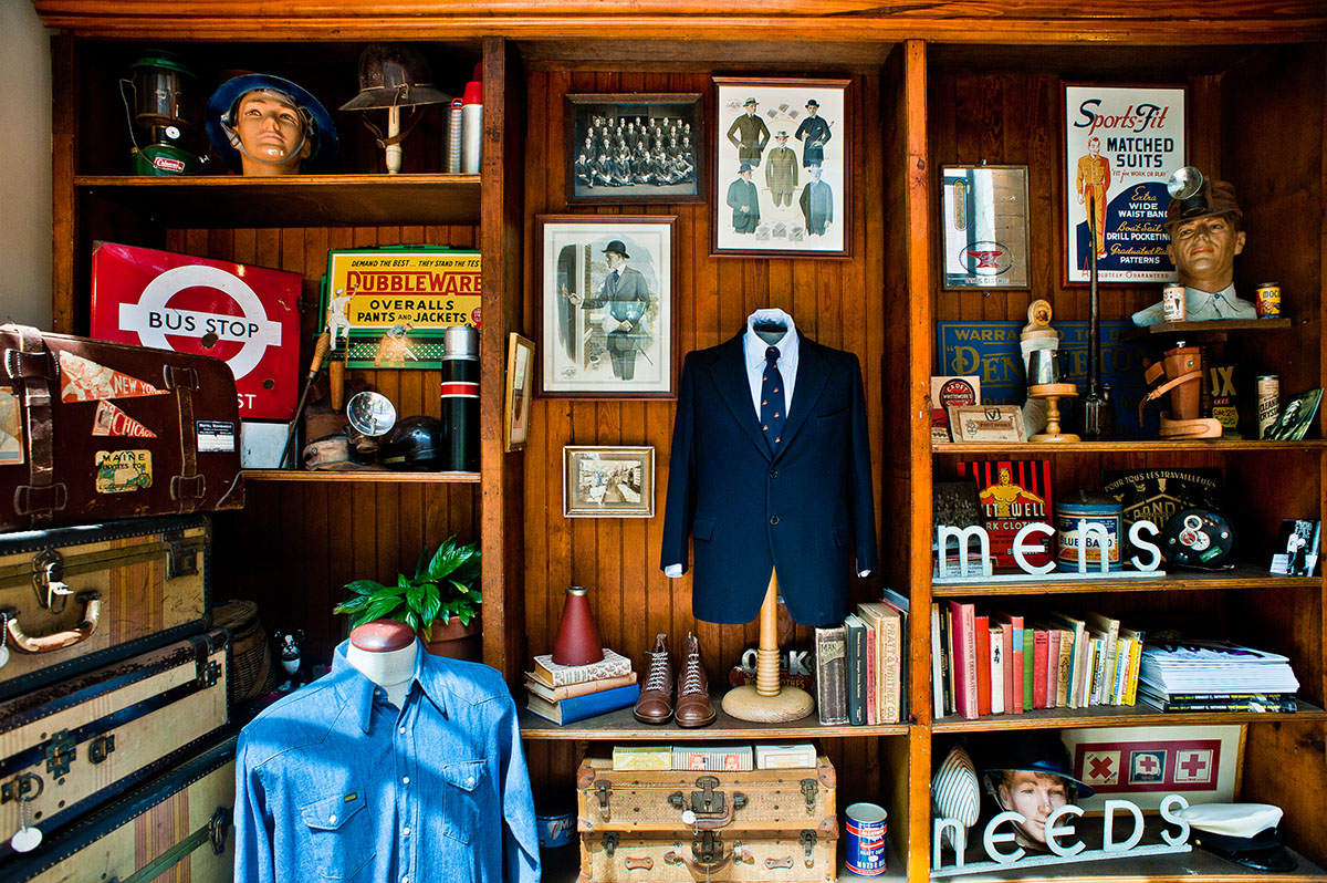 the best places to find vintage clothing in boston