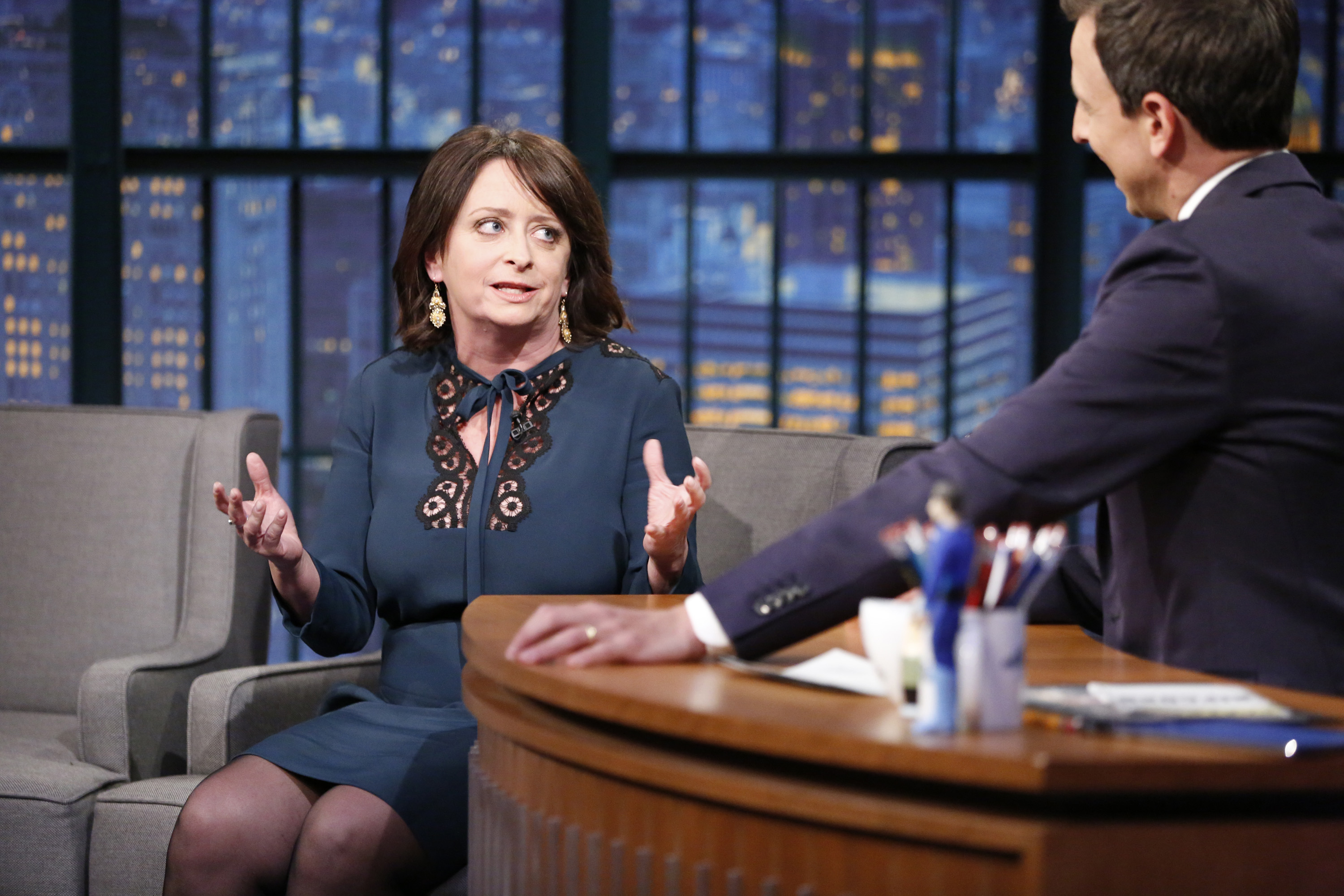 LATE NIGHT WITH SETH MEYERS -- Episode 277 -- Pictured: (l-r) Comedian Rachel Dratch during an interview with host Seth Meyers on October 26, 2015 -- (Photo by: Lloyd Bishop/NBC)