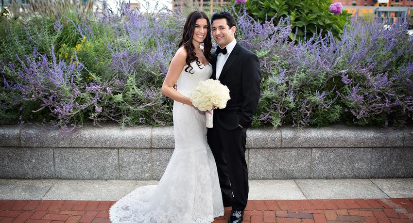 Real Weddings Boston: Real New England Wedding: Amy Sheldon & Craig Forleiter