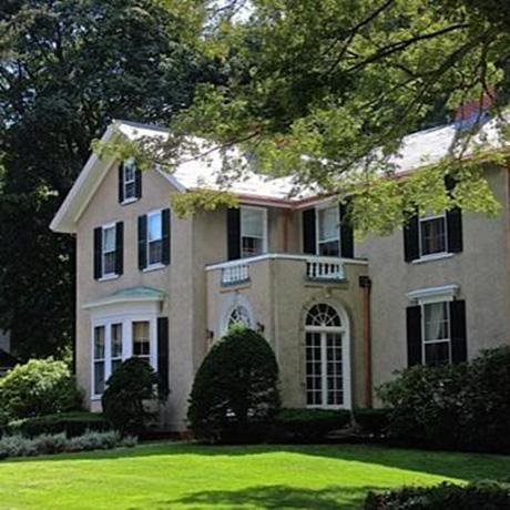 On the market an 1820s farmhouse in bellevue hill for Bellevue hill dental