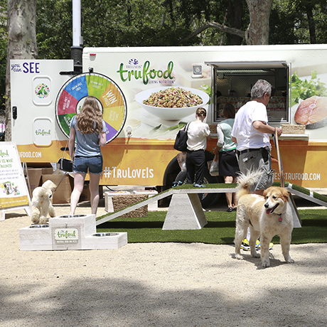 pet food truck sq