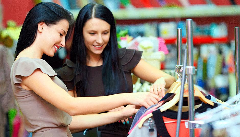 women shopping in Boston Back Bay