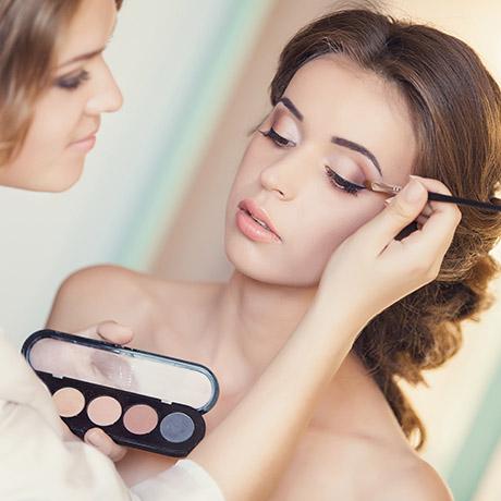 Bride makeup square