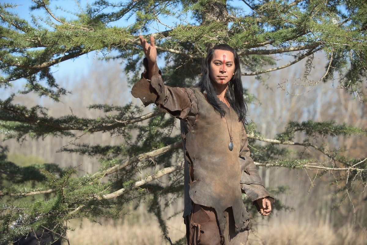 """Kalani Queypo as Squanto in National Geographic Channel's two-night movie event """"Saints & Strangers,"""" premiering Nov. 22-23, 9/8c.(photo credit: National Geographic Channels/David Bloomer)"""