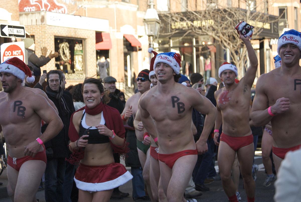 Santa Speedo Run by Jaime Chapoy via Flickr.