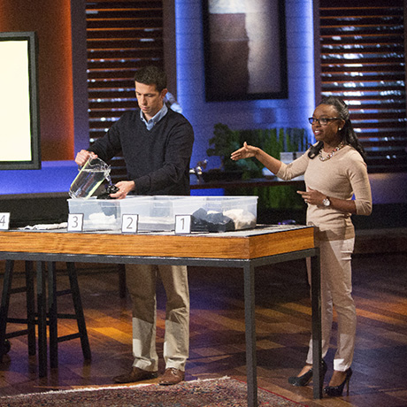"SHARK TANK - ""Episode 709"" - In this special episode, ""Shark Tank"" features all millennial entrepreneurs. A man from New York City hopes to win over the Sharks with a product he believes is essential in every college dorm room; two Harvard grads have developed a special formula to transform shrunken sweaters back to their original sizes and a surfer dude from Newport Beach, California surprises the Sharks with a lucrative proposition. Also, the Sharks are invited to The White house to meet President Barack Obama and Daymond John is honored with a Presidential Ambassadorship. ""Shark Tank"" airs FRIDAY, NOVEMBER 13 (9:00-10:01 p.m., ET) on the ABC Television Network. (ABC/Michael Desmond) NATE BARBERA, DESIREE STOLAR (UNSHRINKIT)"