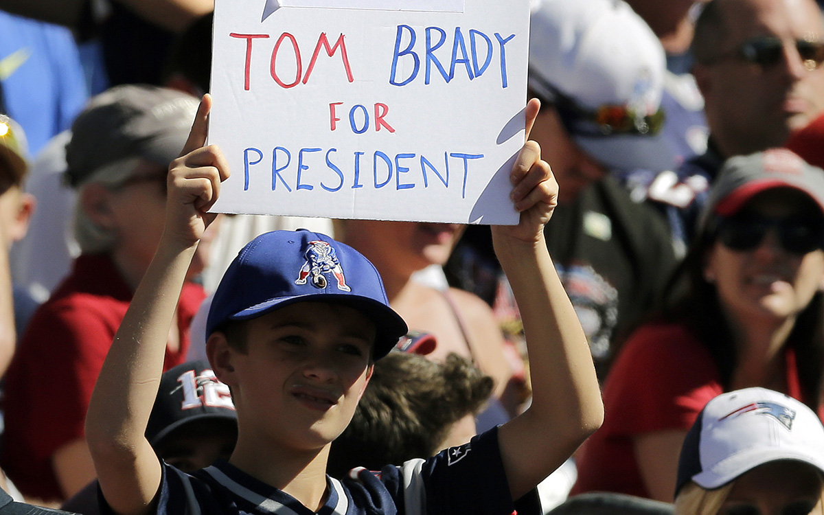 d3cdfbdc6 Tom Brady Refuses to Distance Himself From His Pal Donald Trump