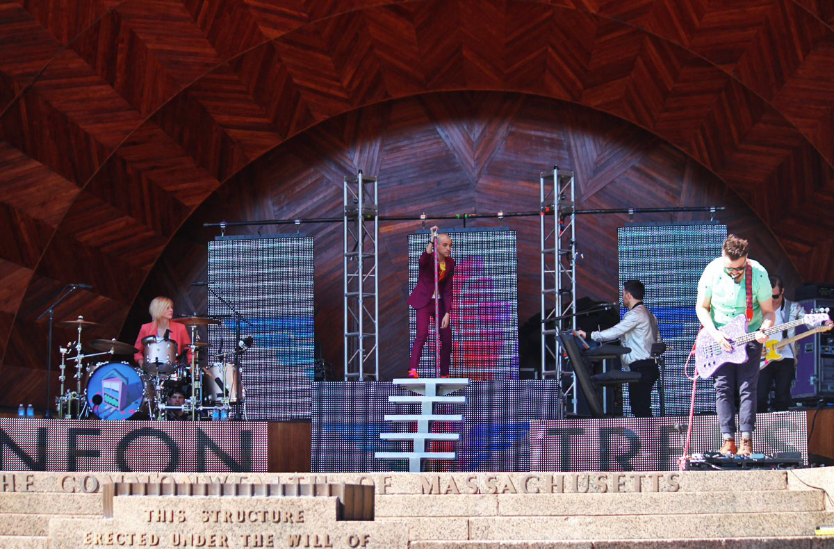 Neon Trees at EarthFest 2014
