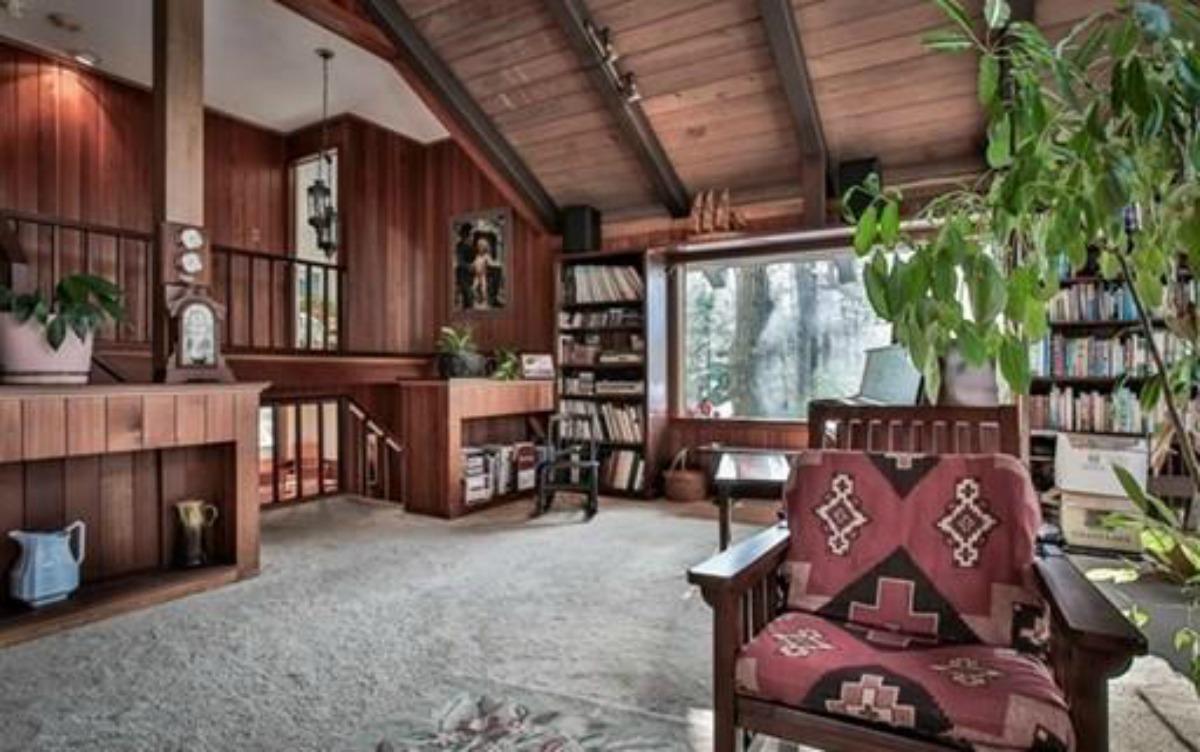 cohasset-family-room