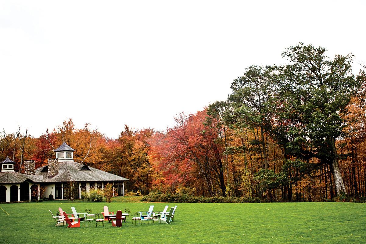 honeymoon litchfield hills winvian farm treehouse cottage