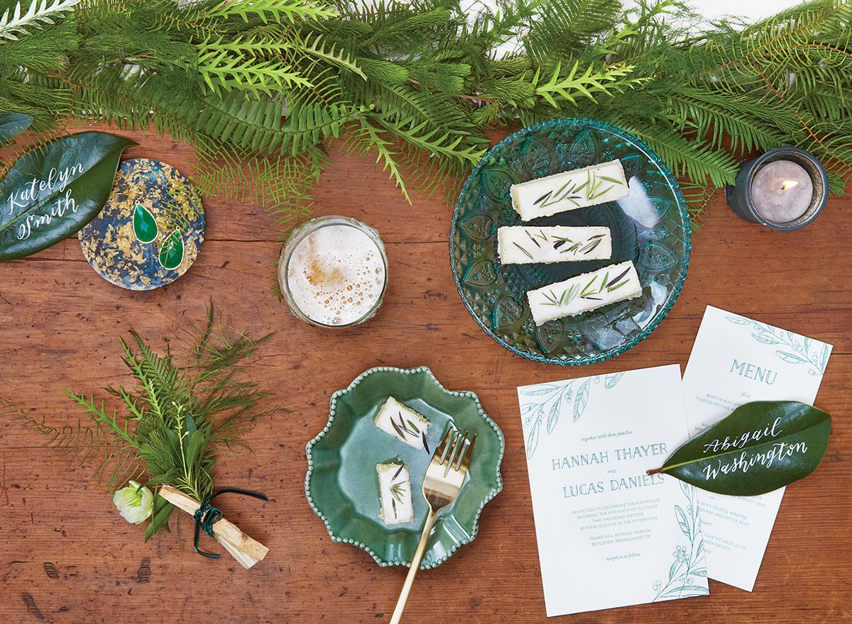 linen-evergreen-wedding-tablescape-1
