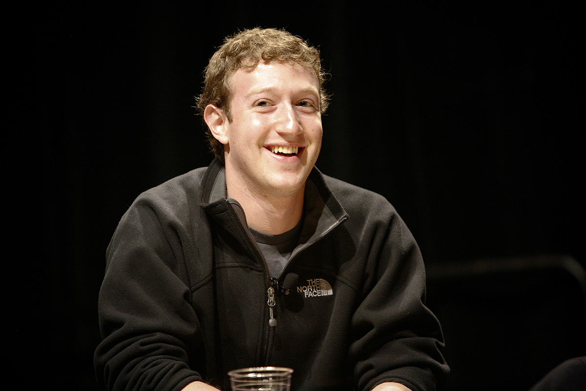 Zuckerberg to Give Harvard Commencement Speech
