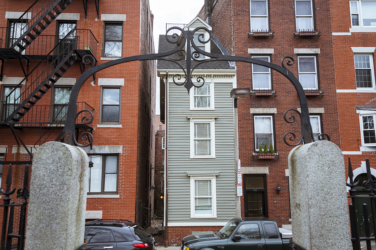 Spite house photo by Scott D on Flickr/Creative Commons