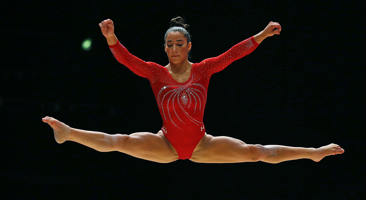 Aly raisman how did she not win gold with that body 7