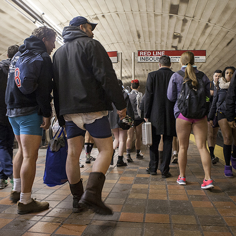 no pants subway ride sq