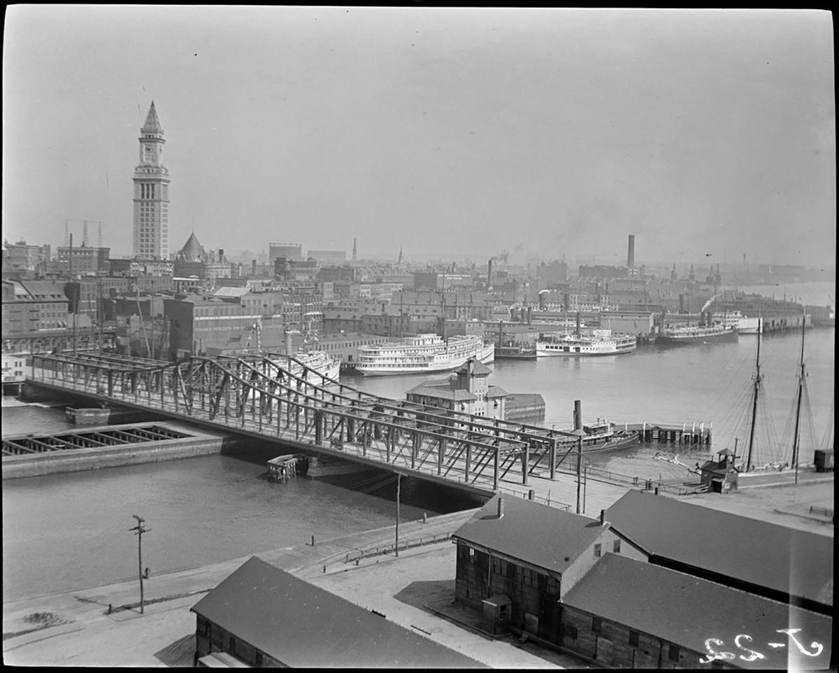 Photograph by Leslie Jones via the Boston Public Library