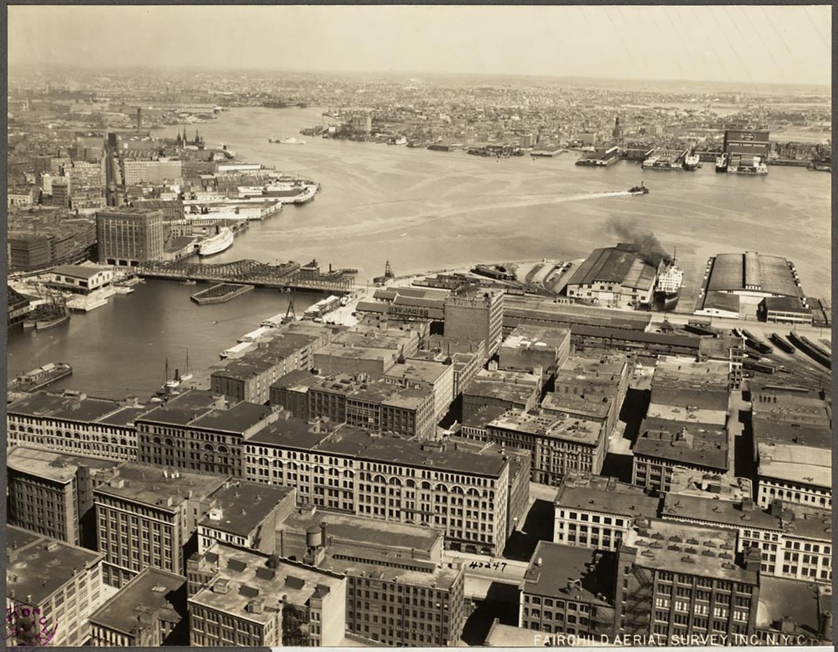 Photograph by Fairchild Aerial Surveys via the Boston Public Library