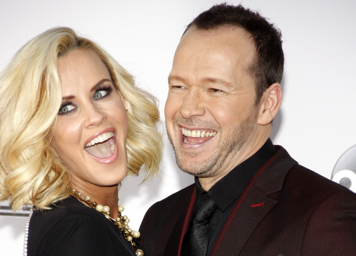 Jenny McCarthy and Donnie Wahlberg Photo by Tinseltown / Shutterstock.com