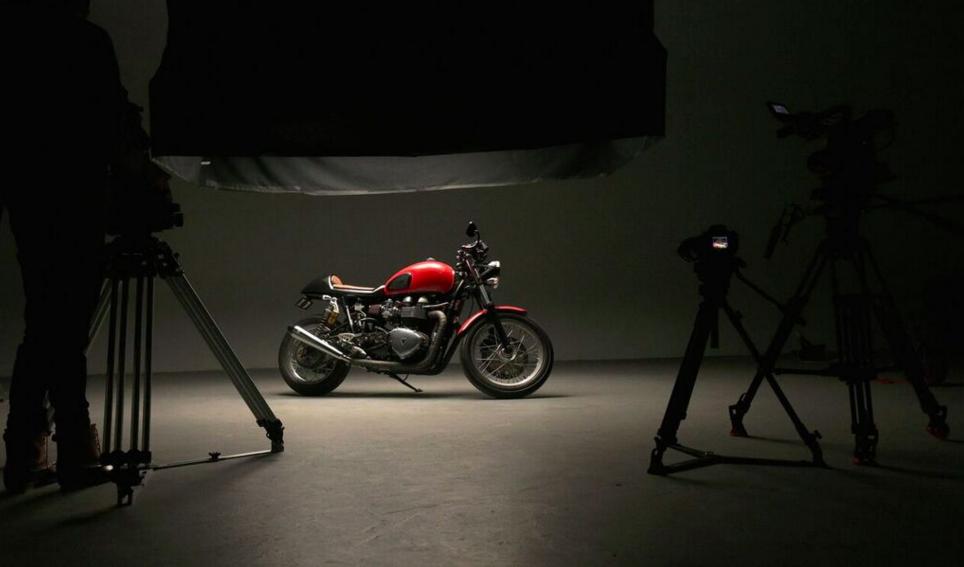 Studio 16 Product Shot