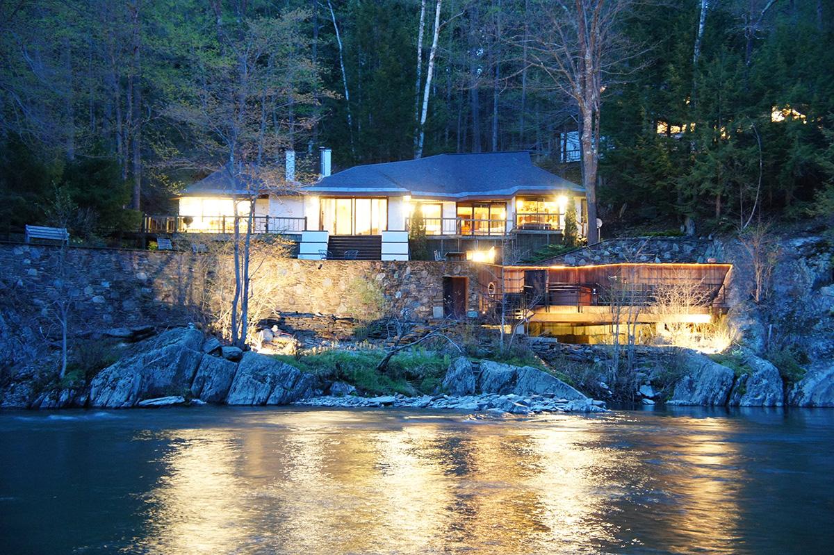 mid-century modern home vermont