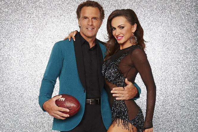 """DANCING WITH THE STARS - DOUG FLUTIE AND KARINA SMIRNOFF - The stars grace the ballroom floor for the first time on live national television with their professional partners during the two-hour season premiere of """"Dancing with the Stars,"""" which airs MONDAY, MARCH 21 (8:00-10:01 p.m., ET) on the ABC Television Network. (ABC/Craig Sjodin)"""