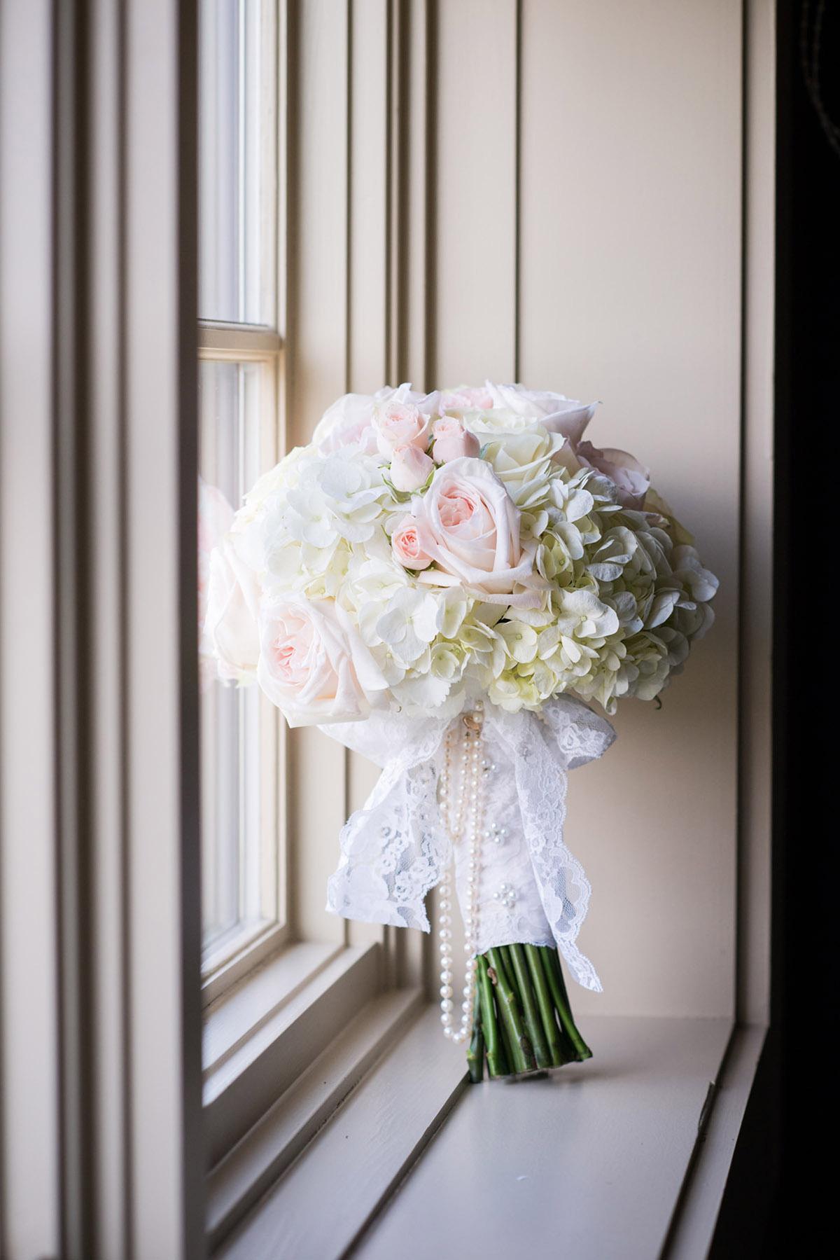 The bride's wedding bouquet