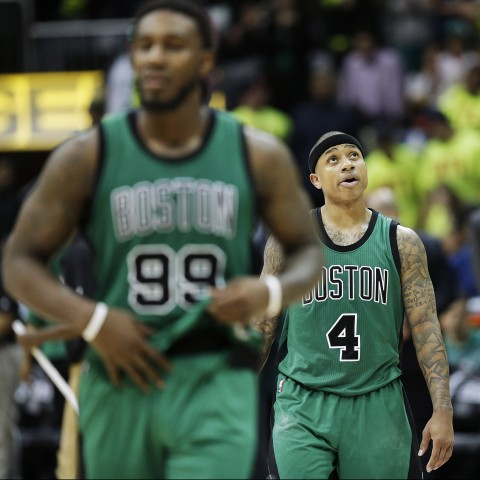 Boston Celtics' Isaiah Thomas looks up toward the scoreboard in the final seconds of Game 1 of a first-round NBA basketball playoff series against the Atlanta Hawks Saturday, April 16, 2016, in Atlanta. The Hawks won 102-101. (AP Photo/David Goldman)