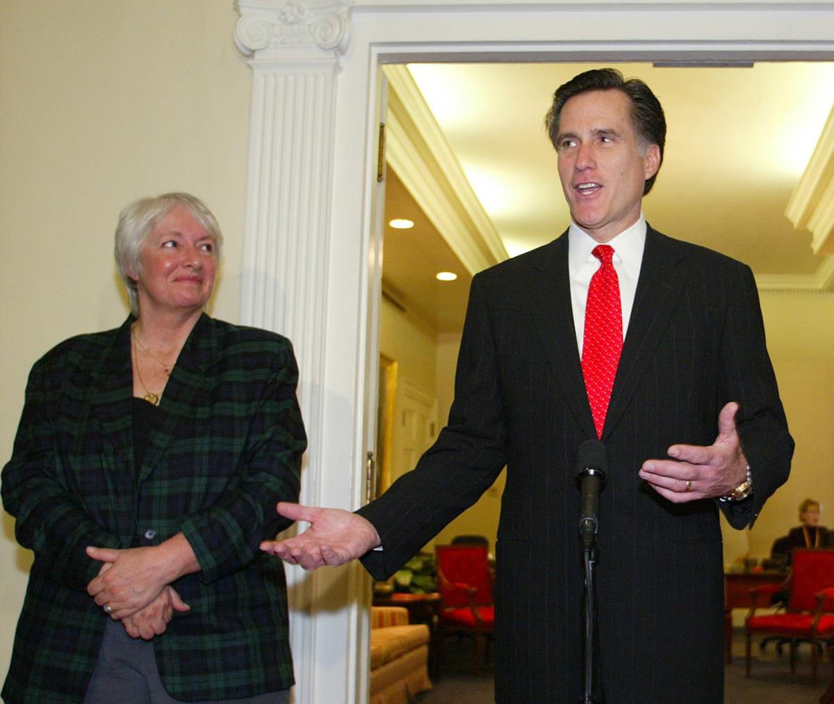 Barbara Anderson with Mitt Romney in 2004. (AP Photo/Bizuayehu Tesfaye)