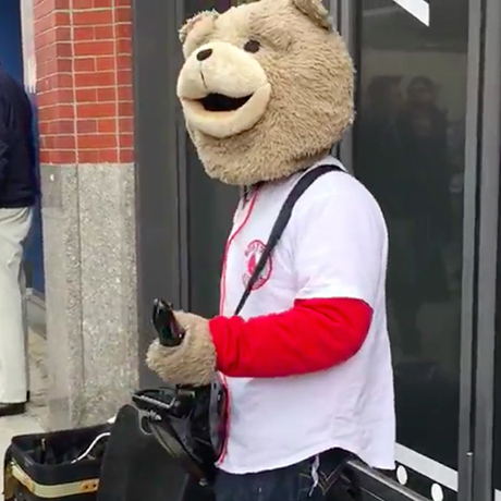 Keytar Bear Red Sox sq