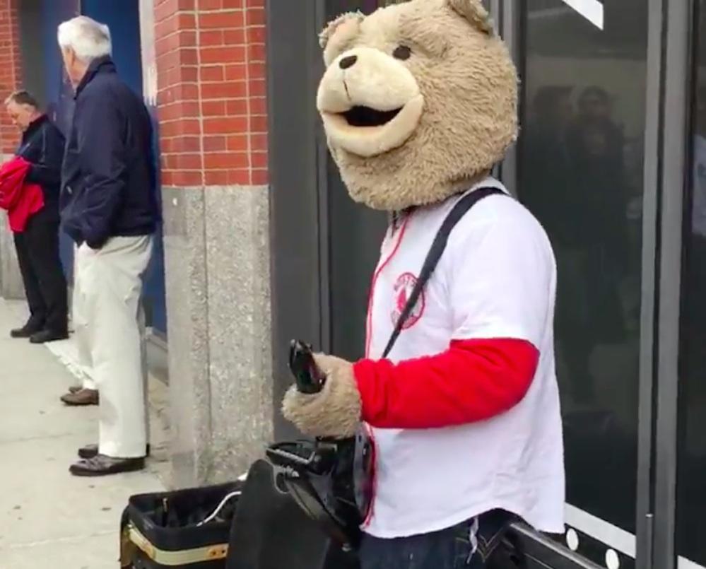 Keytar Bear Red Sox