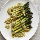 Recipe Asparagus with Sauce Gribiche