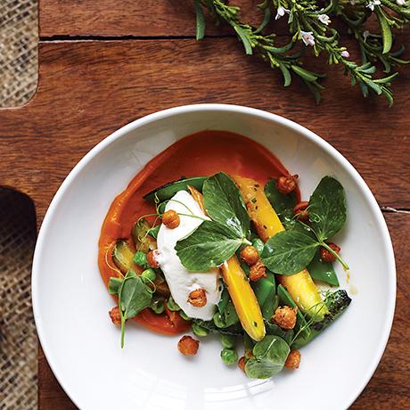 Recipe Sauteed Peas and English Carrots