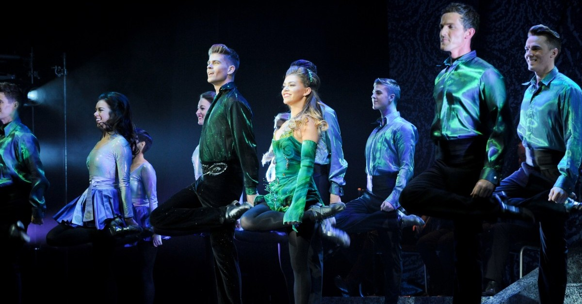 Dance Groups Competing To Open For 39 Riverdance 39 In Boston