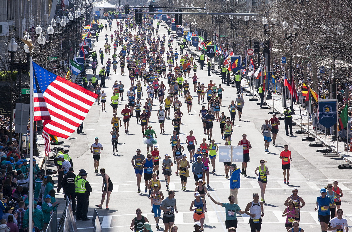 boston marathon 2016 american flag
