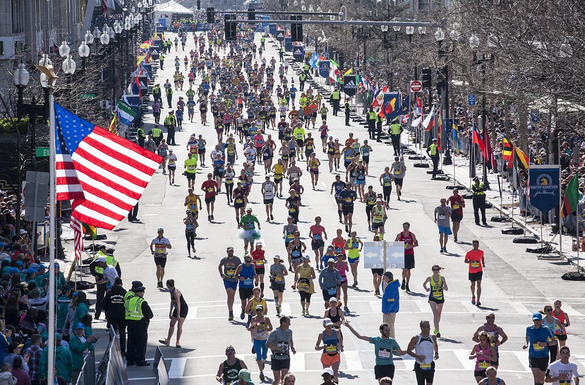 boston marathon 2016 american flag