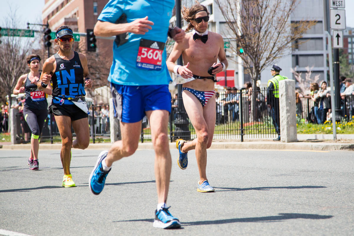 boston marathon 2016 naked guy american flag