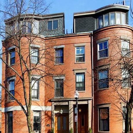 brick-townhouse-sq