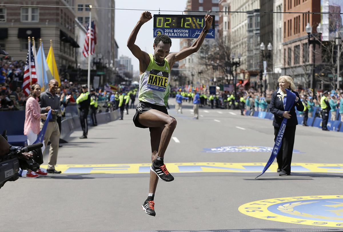 Lemi Berhanu Hayle, of Ethiopia, celebrates after winning. / Photo via AP