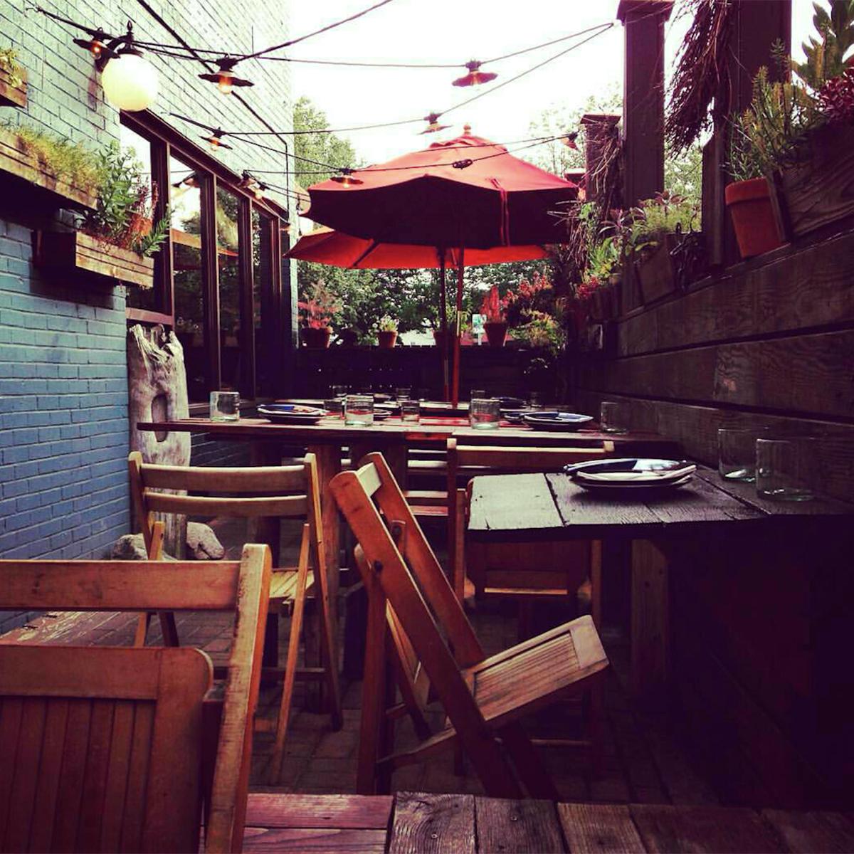 Bronwyn-best-outdoor-dining-patio-deck-al-fresco