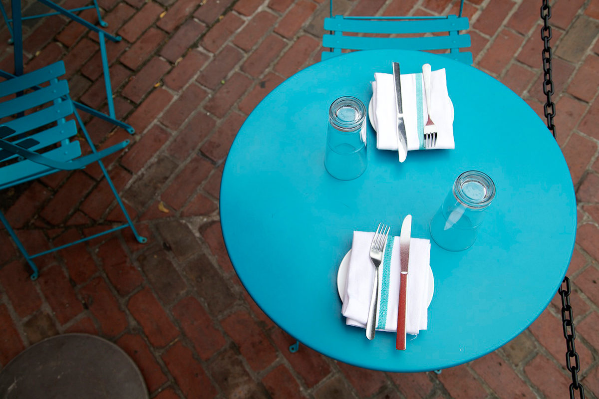 Coppa-single-best-outdoor-dining-patio-deck-al-fresco
